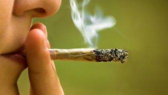 cannabis_smoking-759x430